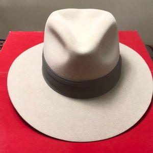Stetson hat light gray